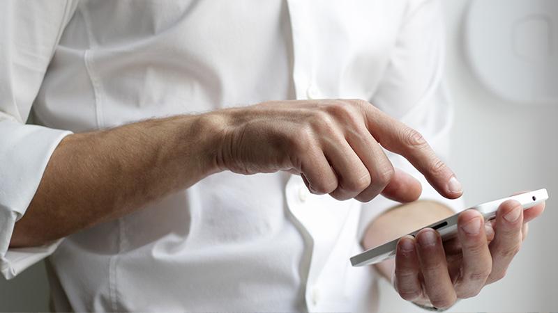 Uw loonstroken met 1 klik versturen naar de werknemers met onze salarissoftware