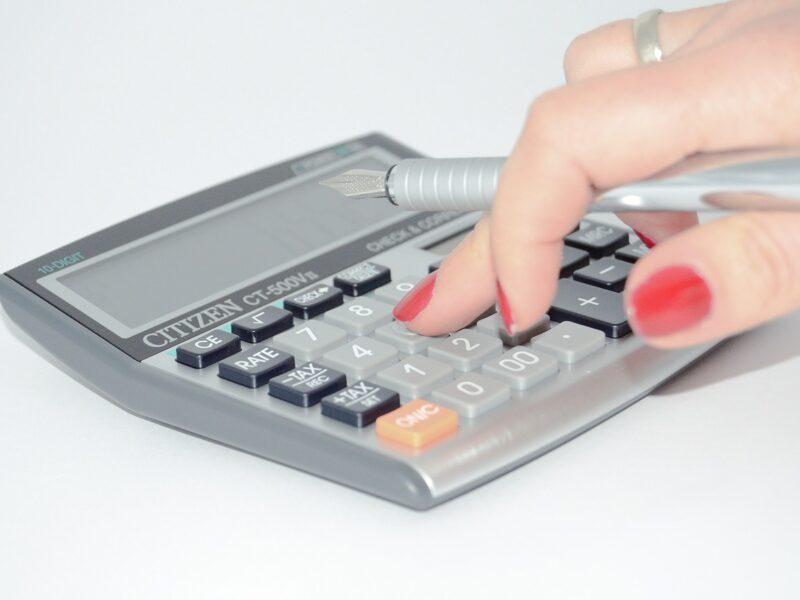 Inzicht in uw loonkosten en zelf pro forma berekeningen maken met onze salarissoftware